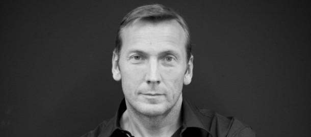 Jochen-Zeitz-Portrait-2-1-600x900