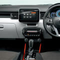 Orange Interior_Instrument Panel_HYBRID MZ_Safety Package_Navigation