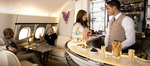 emirates_a380_onboard_lounge3