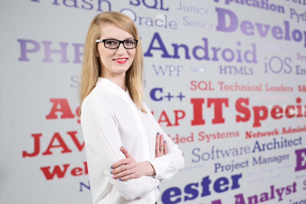 Adrianna Wojewoda Recruitment Department Coordinator w firmie Altimi Software House