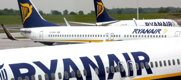 (FILE) A file picture dated 10 May 2007 showing Ryanair planes at Dublin airport in Dublin, Ireland. Ryan Air reported a 20 percent rise in profits 03 June 2008. Ryanair Holdings Plc Chief Executive Officer Michael O'Leary predicted Europe's biggest discount airline will stay profitable this year as he increases ticket prices and baggage charges to make up for record oil costs. EPA/ANDY RAIN +++(c) dpa - Bildfunk+++