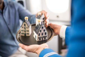 Prezenty w KLM Klasa Biznes
