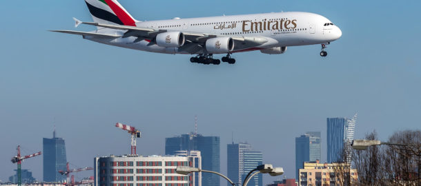 a380_pictured_coming_into_land_at_warsaw