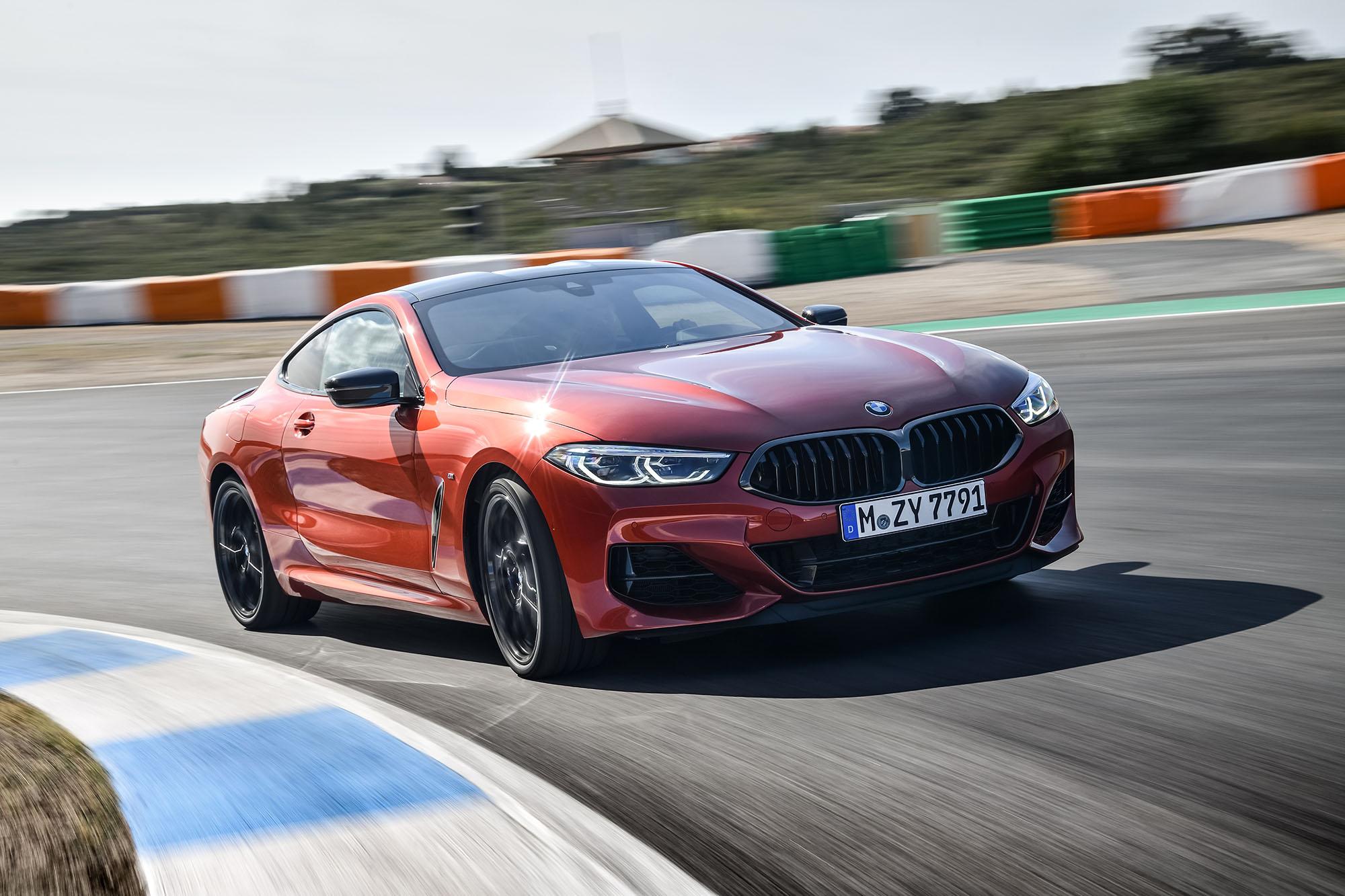 0f99e3bf49749 Dwa wyjątkowe samochody – terenowy SAV i sportowe coupe, czyli nowe BMW X5  oraz BMW serii 8 – już 24 listopada pojawią się w salonach Inchcape Polska.